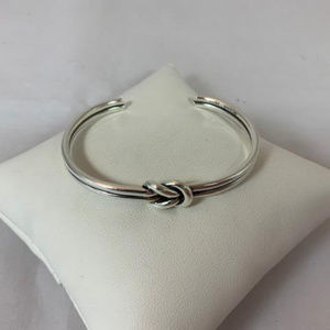 James Avery RETIRED 925 Lovers Knot Cuff Bracelet